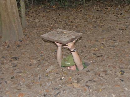 Cu chi - complexo de túneis usados pelos guerrilheiros do Vietnã